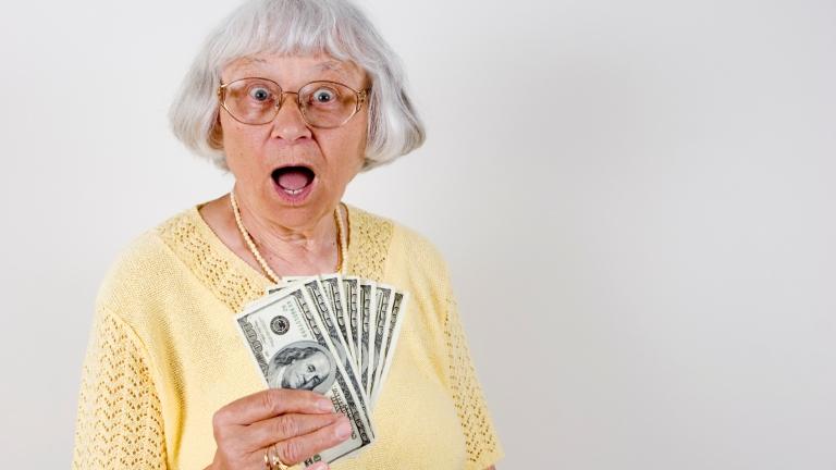 A nyugdíj melletti munkavégzés változatlanul nagyon kedvezményes 2019-ben