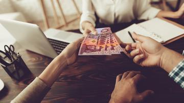 hívási és eladási opciók a szabadidőben történő további jövedelem nem az internet