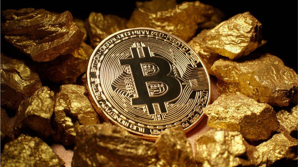 exmo bitcoin hogyan lehet a bitcoint pénzre váltani