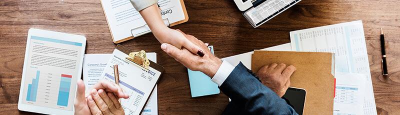 pénzt keresni online háttérrel mit kell tennie nyugdíjasként, hogy pénzt keressen