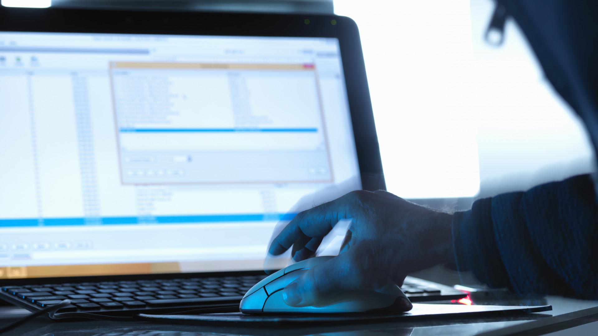 Tech: Feltörne egy weboldalt? Itt bérelhet profi hackert hozzá | csepeligsm.hu